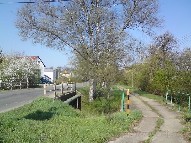 Dva mosty přes potok