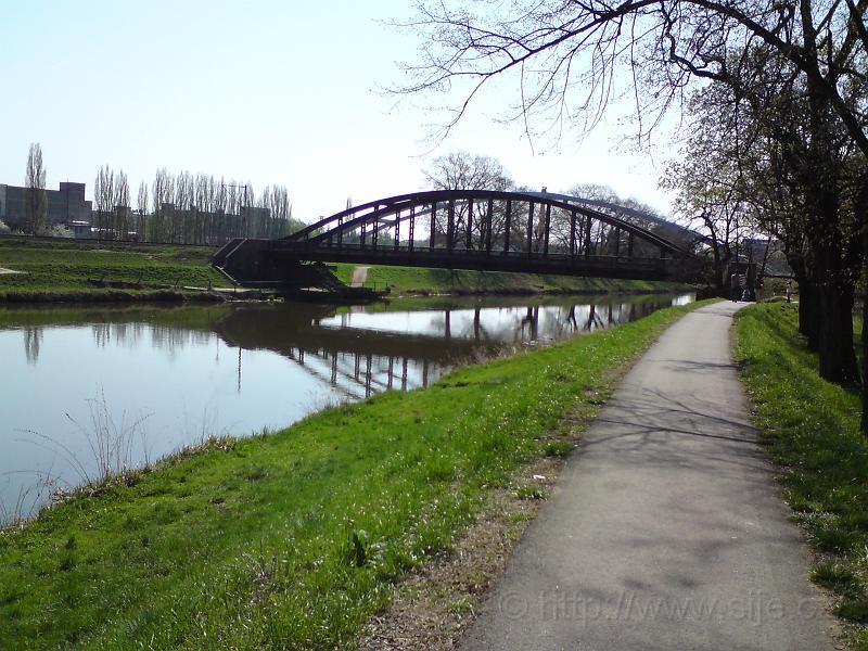 Želez. most přes Labe