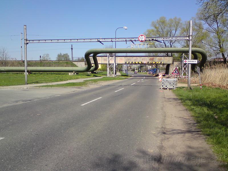 Železniční most, Věkoše