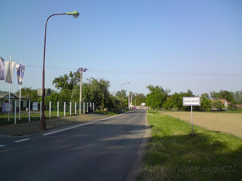 Příjezd od Vlčkovic