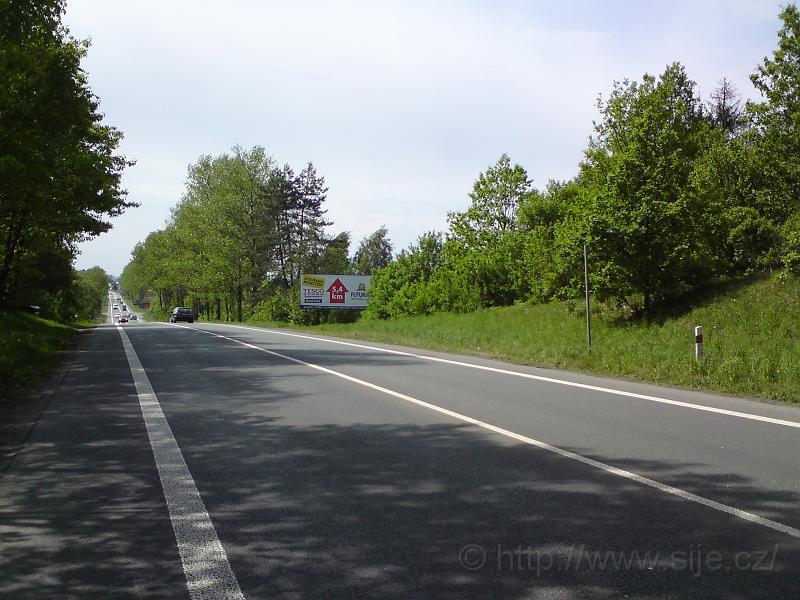 Příjezd od Týniště n/O