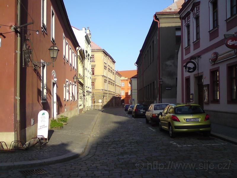 Západ. část ulice Dlouhá