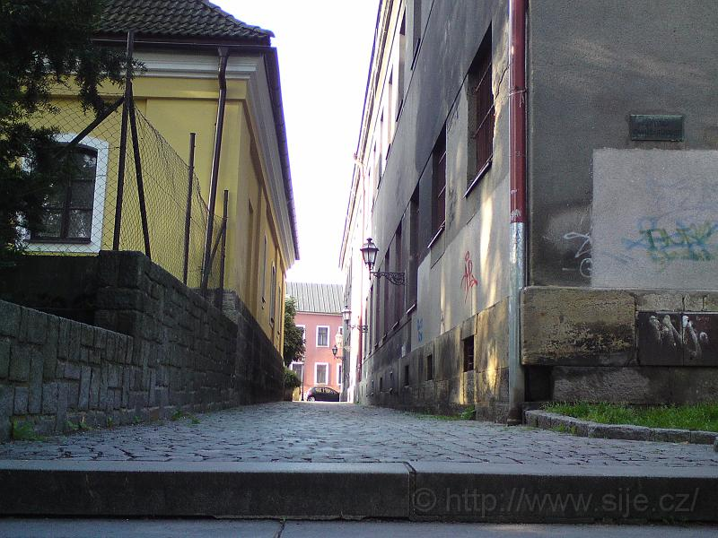 Ulice Radoušova