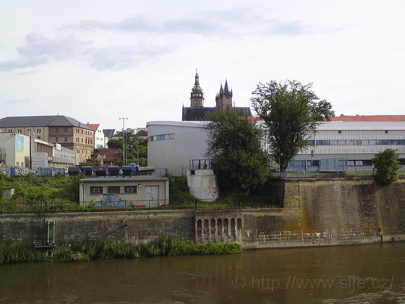 Bílá věž přes Orlici