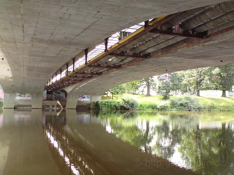 Pod mostem U soutoku