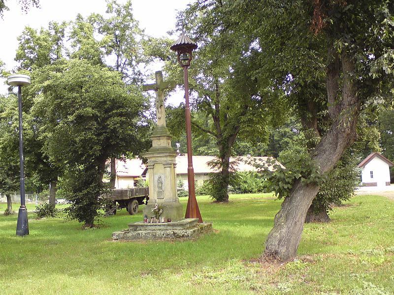 Křížek a zvonička