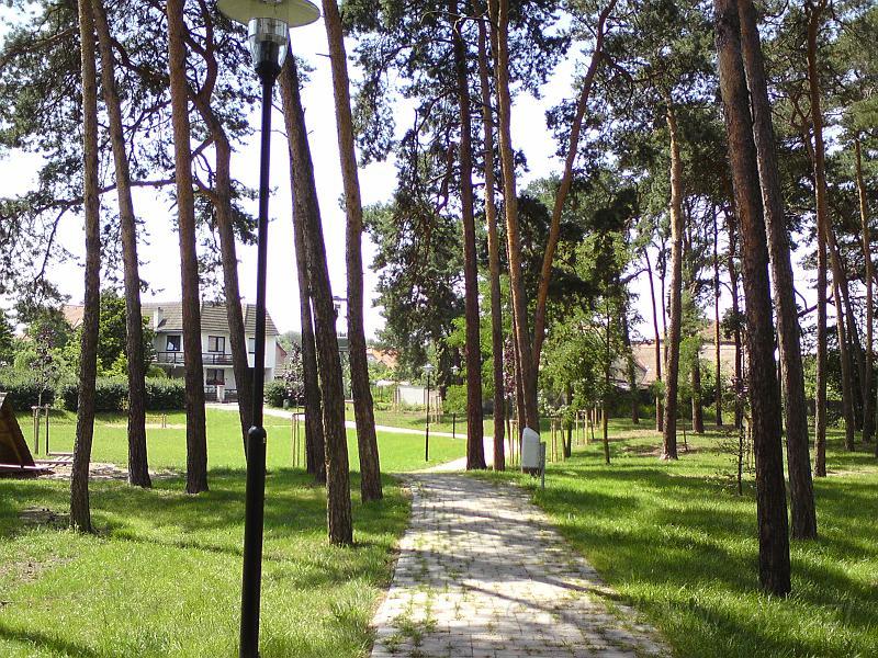 Ulice U lesíka, Březhrad