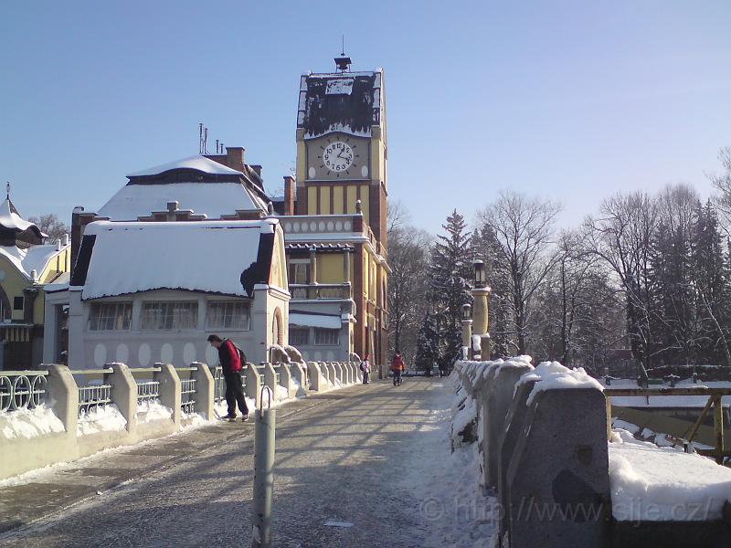 Zima na mostě