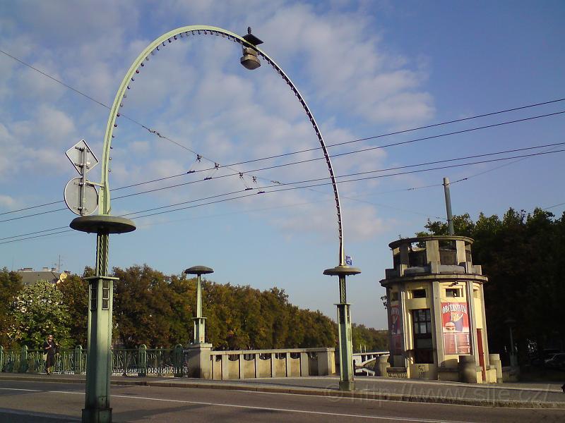 Oblouk Pražského mostu