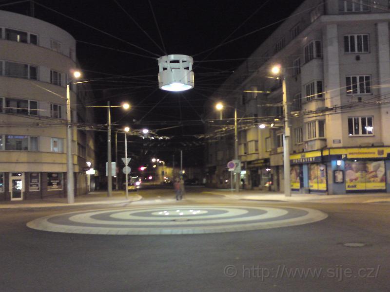 Kruhový objezd u nádraží