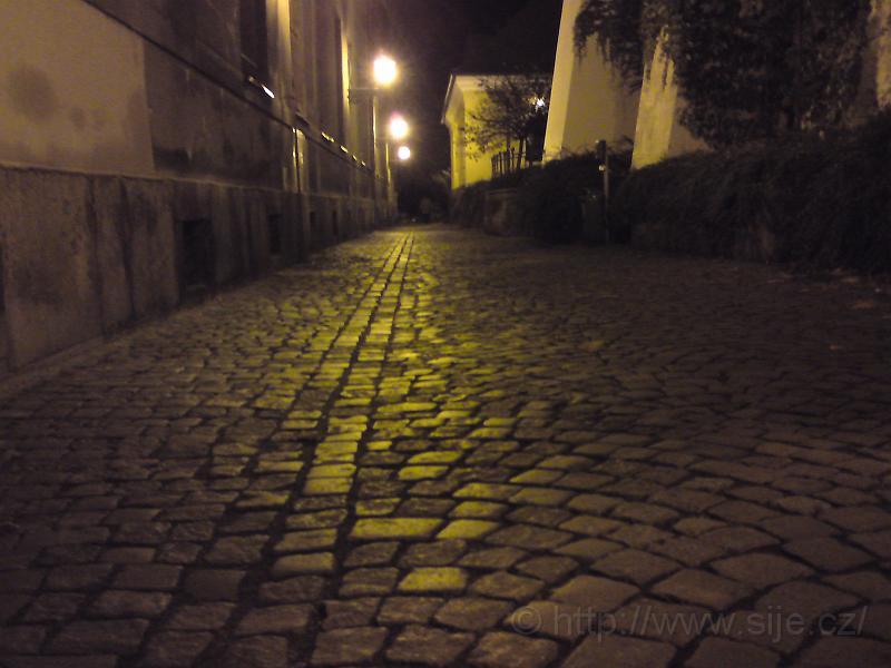 Noční ulice Radoušova