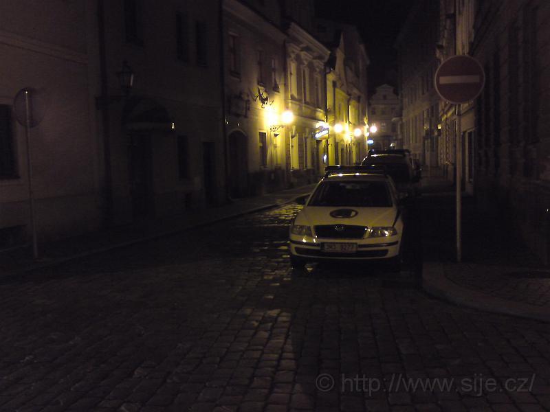 Noční ulice Úzká