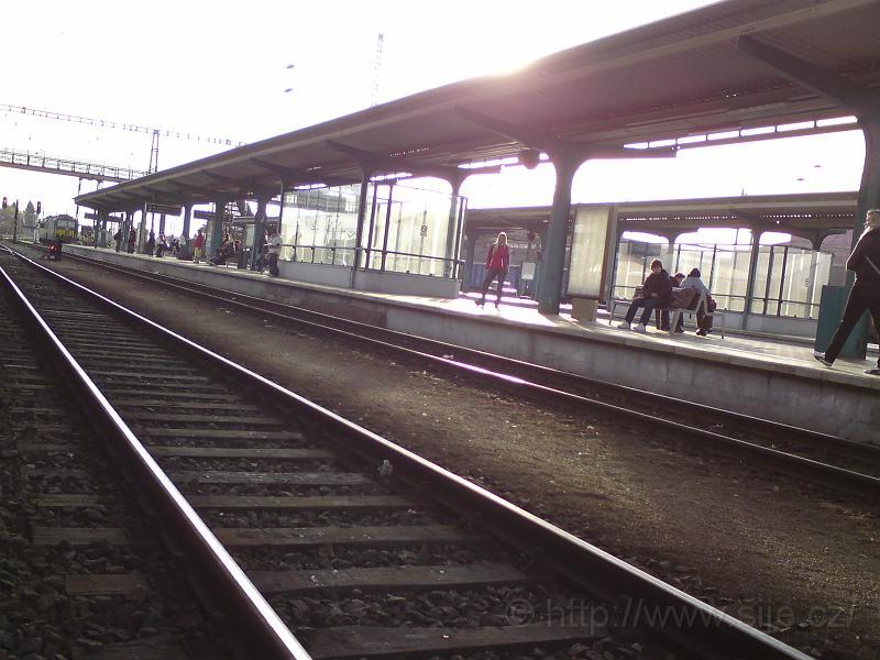 Slunce, 2. nástupiště