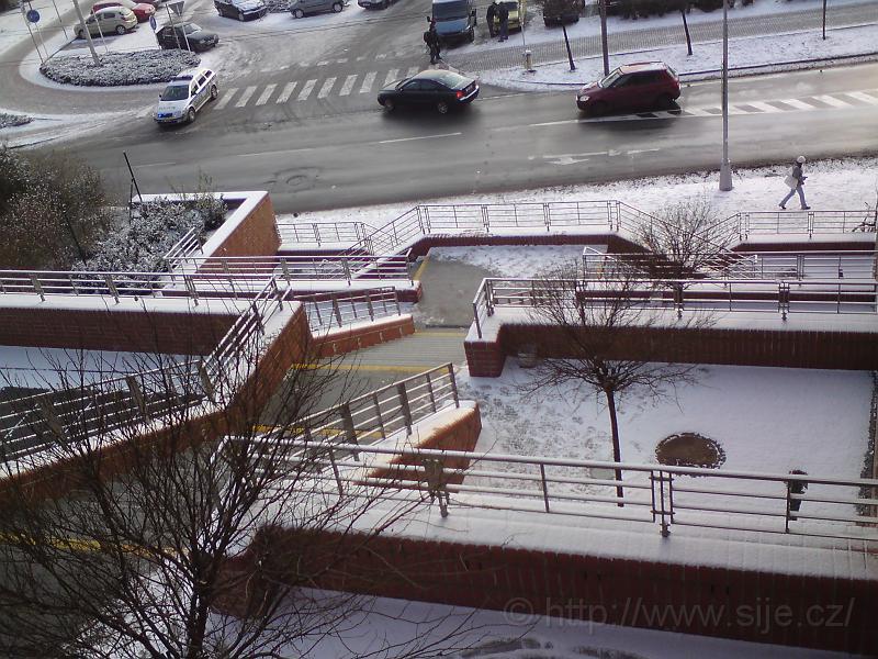 Zasněžené schody