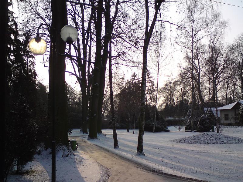 Lampa Sluncem osvětlená