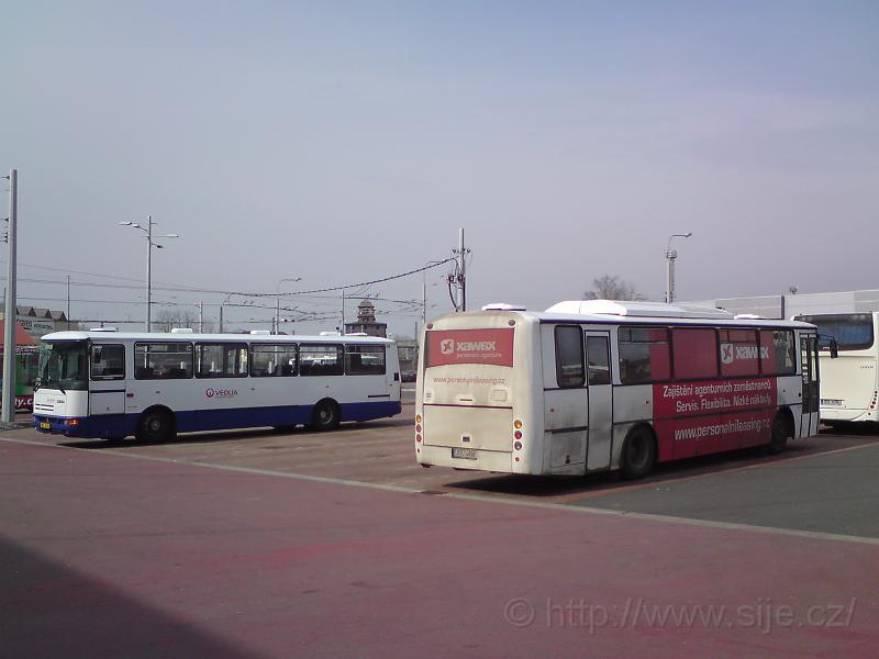 Autobusy odpočívají